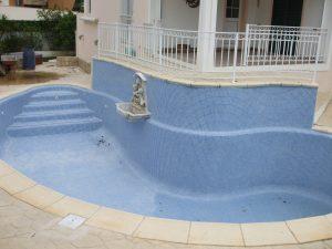 reconstrução de piscinas privadas